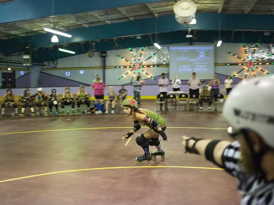 """York City Derby Dames jammer Michelle """"Reaping Beauty"""""""