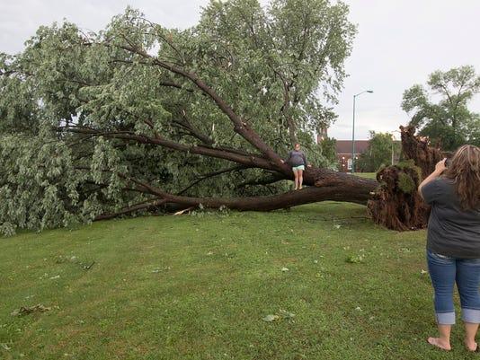 636047289564734761-WRT-Nekoosa-Storm-Damage-03.JPG