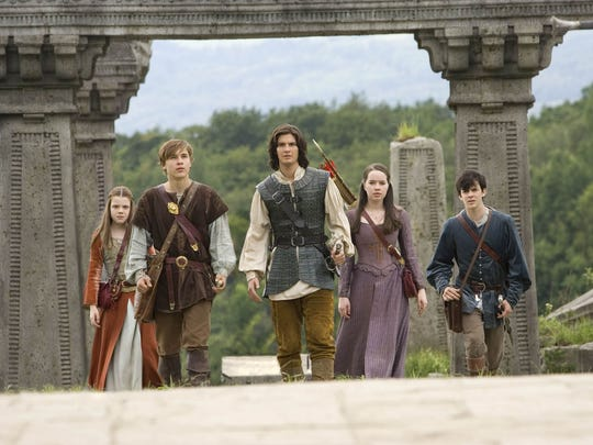 (Susan, played by Anna Popplewell, is second from right.)