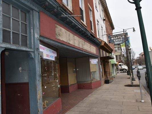 cpo-mwd-020317-downtown-blight