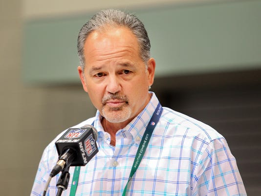 636240585947482273-Colts-Chuck-Pagano-AN8E8411.jpg