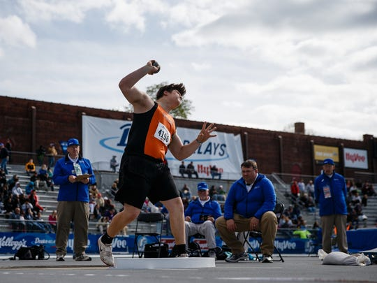 Tyler Linderbaum from Solon throws during the shot put competition at the Drake Relays on Thursday, April 27, 2017, in Des Moines.