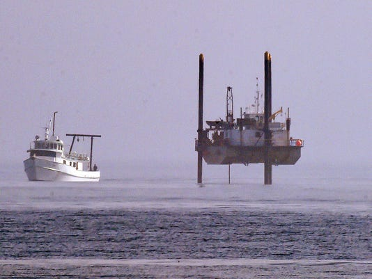 reho.outfall.drill.barge