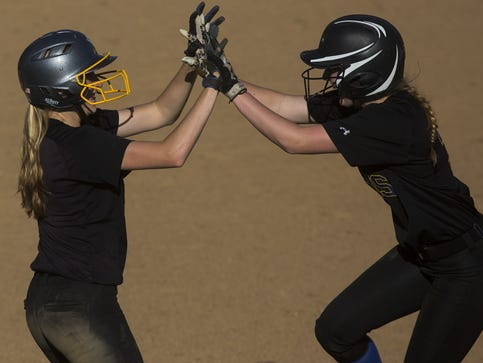 Kennard-Dale's multi-sport star going Division I in softball