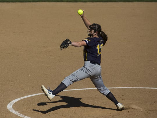 Eastern York starting pitcher Maelynn Leber delivers