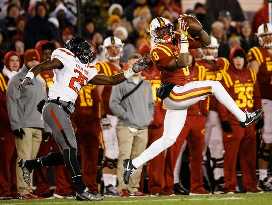 Iowa State's Deshaunte Jones catches a pass during
