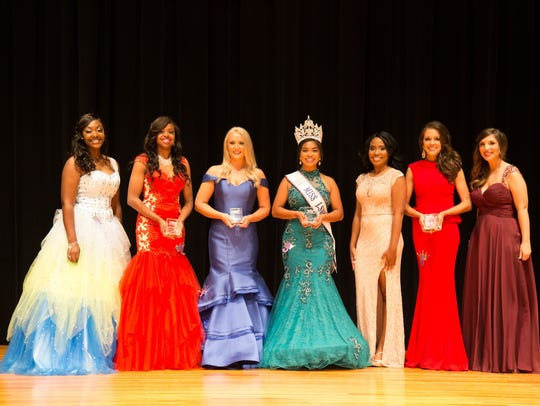 LSUS pageant participants Arlecia Dantzler (left),