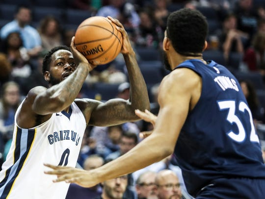 December 04, 2017 - The Grizzlies' JaMychal Green goes