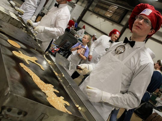 Peter Kavanaugh makes pancake art at the University