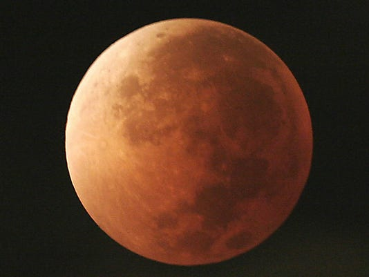 636529156005977729-blood-moon.jpg