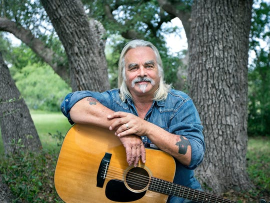Hal Ketchum's wife, Andrea, posted to Facebook that the Country Music Hall of Fame musician has Alzheimer's disease.
