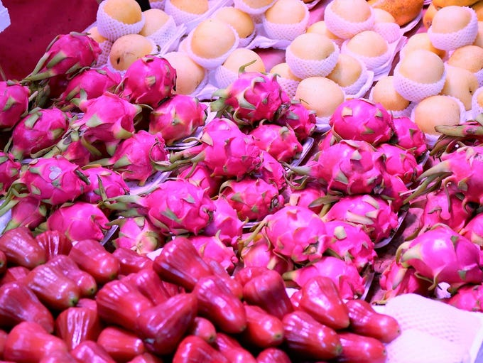 Street Food And Night Market Finds In Hong Kong