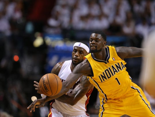 Lance Stevenson (1) knocks the ball away from Lebron