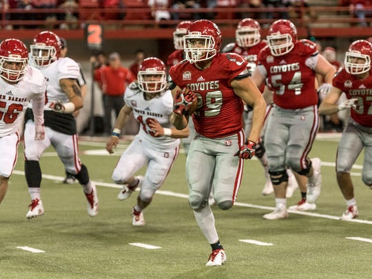 Running back Ben Klett breaks into the open on Friday