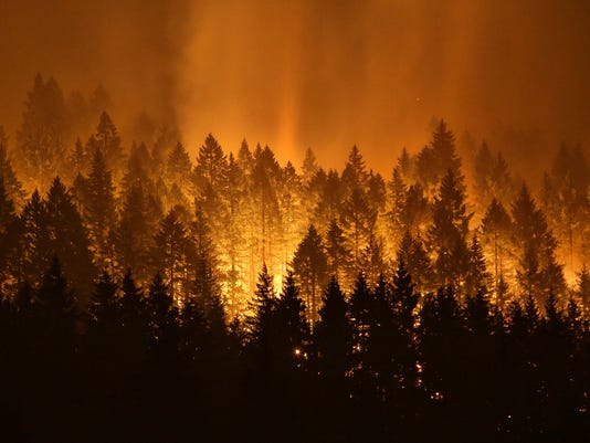 AP COLUMBIA GORGE FIRE-RESTITUTION A FILE USA OR