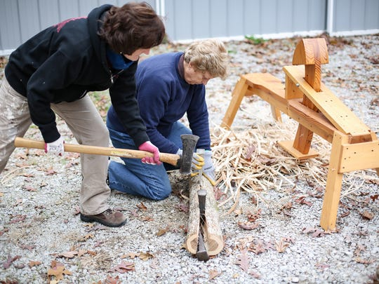 White Oak Basket Making, Sue Williams (master) and