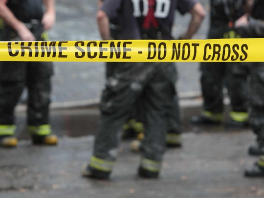 There are 128,432 detectives and criminal investigators and forensic science technicians in the U.S.