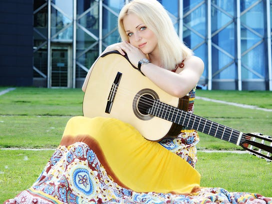 guitar likhacheva.jpg