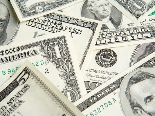 -for online money.jpg_20140804.jpg