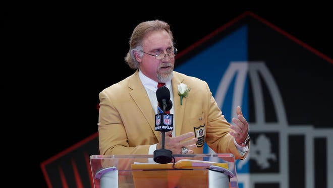 Kevin Greene during his acceptance speech at the Pro Football Hall of Fame induction ceremony in Canton, Ohio on August 6, 2016.