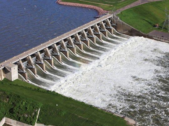 -gavins point dam2011.jpg_20120614.jpg