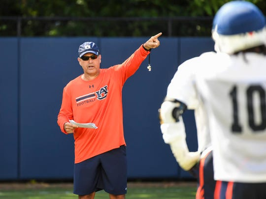 Auburn defensive coordinator Kevin Steele directing preseason practice on Aug. 1, 2017.