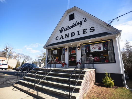 This is a food crawl, this time chocolate shops for Valentine's Day. Pastry chef Heather Rozzi of Stella Artisan Italian in Ridgewood takes us to 3 pastry shops . Exterior shot of Critchley's Candies in River Edge on Feb. 2nd, 2017.