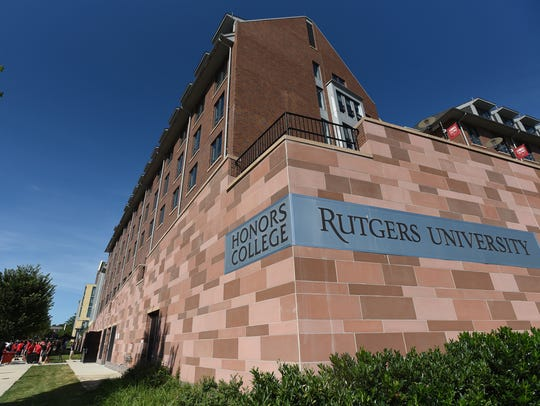 Exterior photo of Rutgers Honors College dormitory