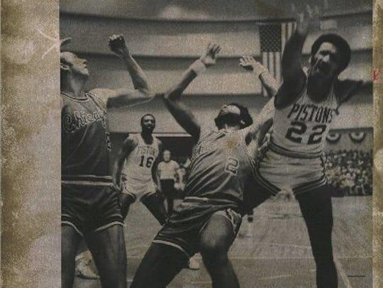 Pistons - 1974: Off-balance, Stu Lantz (right) scores