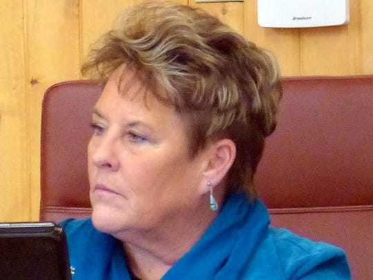 Ruidoso Village Manager Debi Lee explained that because the village provides building inspections within the planning and platting zone outside of Ruidoso, and that expansion and growth will occur there, it makes sense that two members of the planning commission could live within that zone.