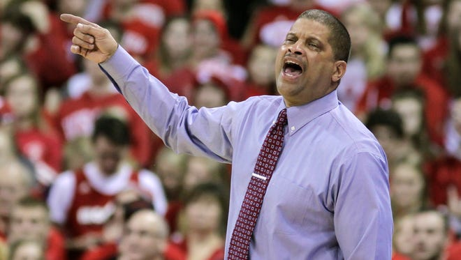 Rutgers basketball coach Eddie Jordan yells to his team during a loss at Wisconsin earlier this season.