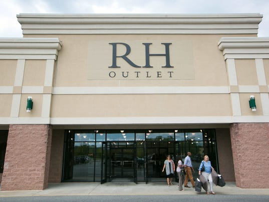 restoration hardware outlet opens in christiana raymour flanigan zoe 39 s kitchen shake shack. Black Bedroom Furniture Sets. Home Design Ideas