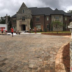 Dabo Building New House