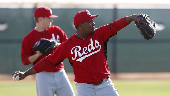 Reds pitcher Carlos Contreras throws during spring