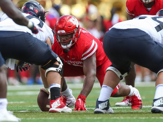 Houston Cougars defensive tackle Ed Oliver (10) in action during the game against the Arizona Wildcats at TDECU Stadium.
