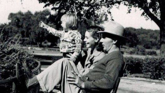 Belinda Jo Mathias when she was a young girl with her parents.