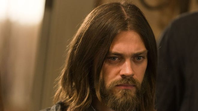 """Jesus (Tom Payne) is one of the heroes """"The Walking Dead"""" so desperately needs right now."""