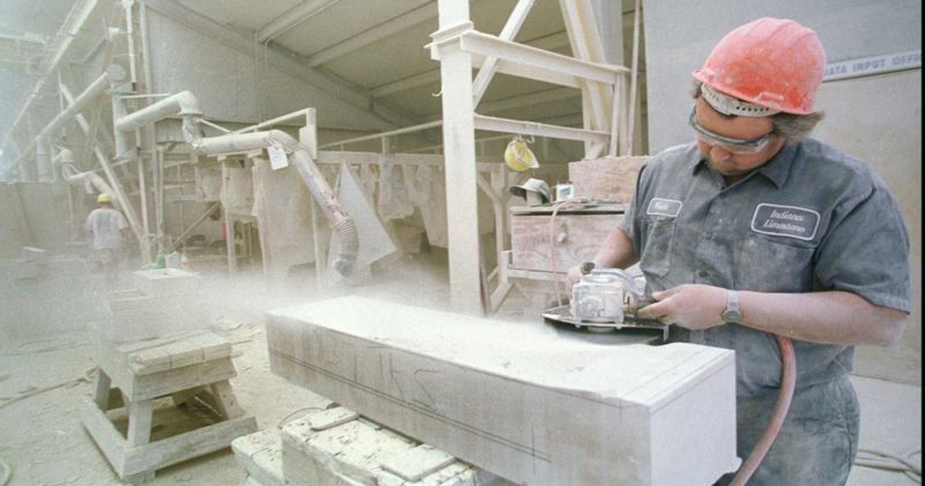 Indiana Limestone Co  to close, lay off 166 workers