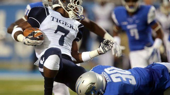 Darius Harris (30) was played a key role when it came to stopping Jackson State's run game.