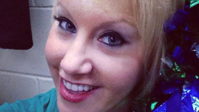 Melody Lynn, a dancer with the Everbabes, who appear at Everblades hockey games, passed away Wednesday.