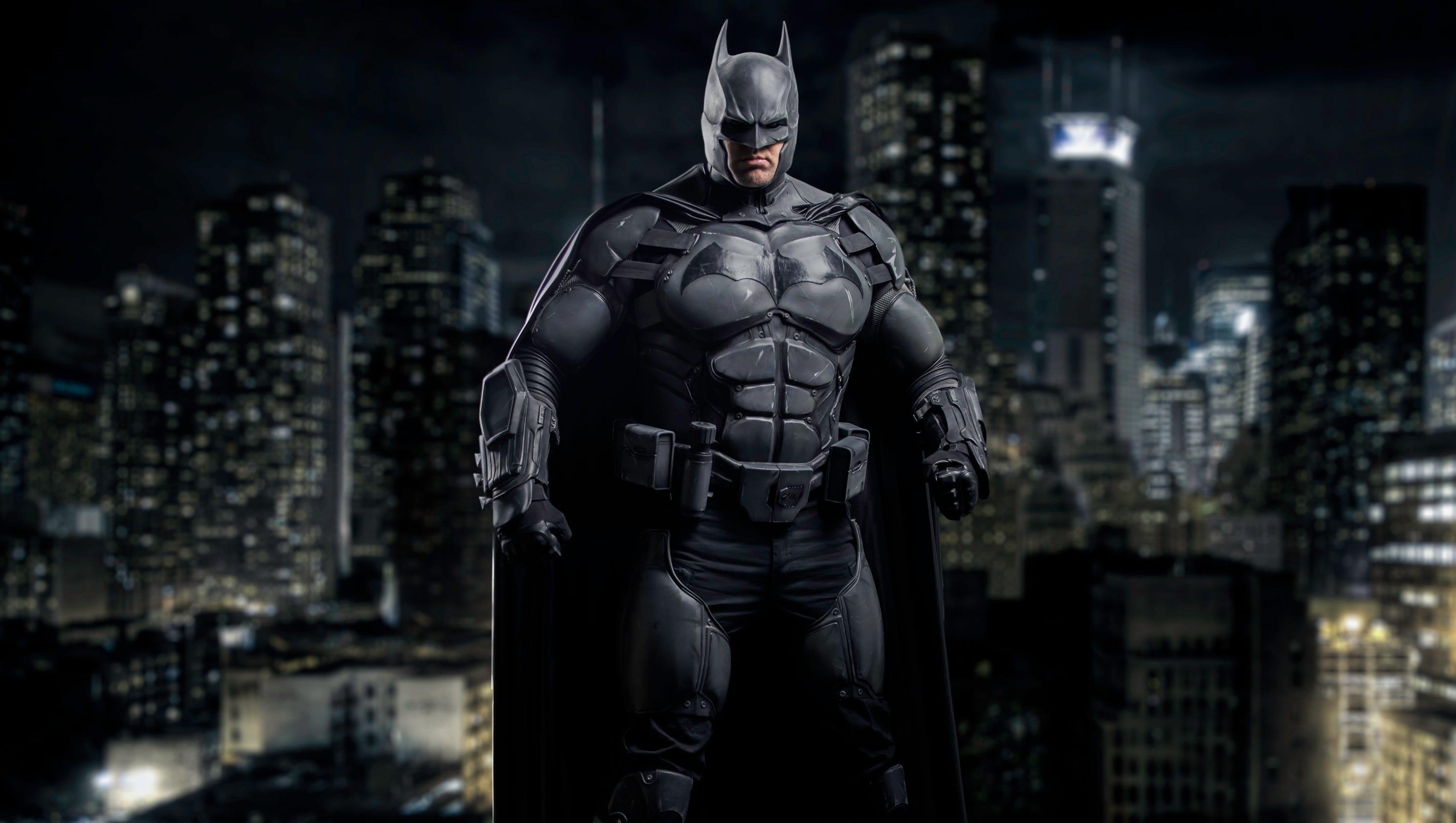 Record-breaking batsuit features 23 gadgets