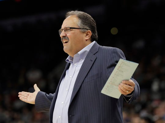 Detroit Pistons coach Stan Van Gundy questions a call