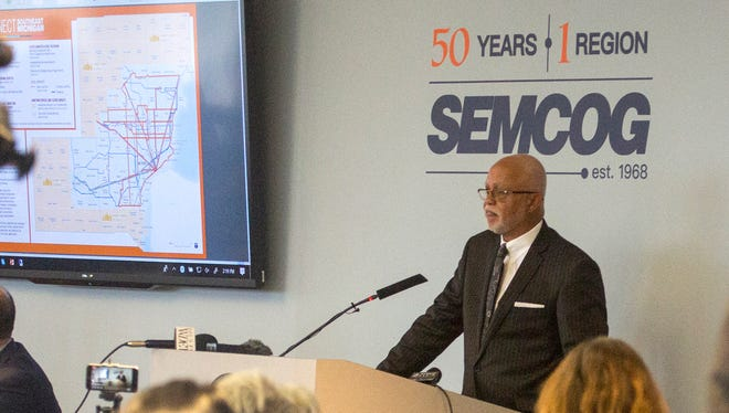 Warren Evans, Wayne County Executive, introduces a transit plan before the RTA board and the public at SEMCOG in Detroit on Thursday, March 15, 2018.