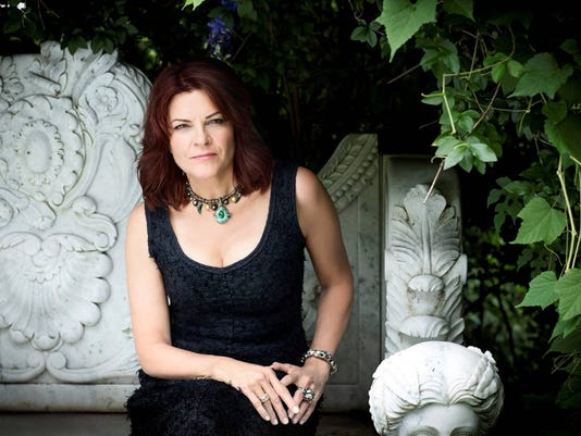 -LSJBrd_10-17-2014_LSJ_1_D003~~2014~10~16~IMG_RosanneCash9_PhotoCr_1_1_AT8RA.jpg