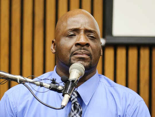 Floyd Dent testifies against ex-Inkster, Mich., police