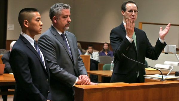 The judge dismisses the Charles Tan murder charge in 2015. (From left - Charles Tan, defense lawyer James Nobles, prosecutor William Gargan)