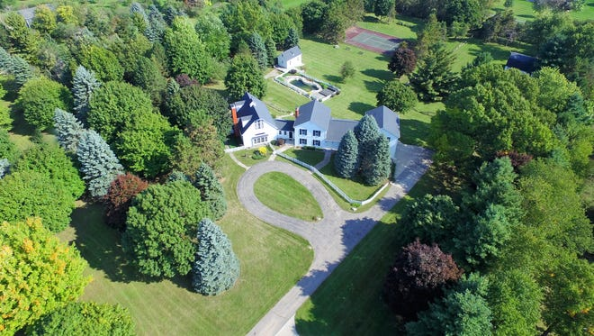 Front aerial view of 5.5-acre estate where rap rocker Kid Rock grew up in Bruce Twp., Mich.
