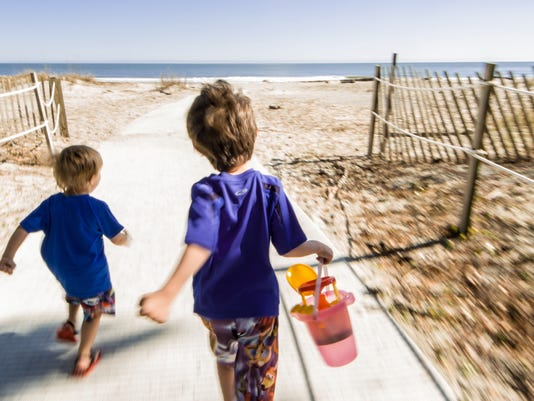 Beaufort_kids@beach.jpg
