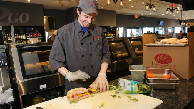 A Sendik's employee prepares Fresh2Go sandwiches in 2015. Milwaukee-based grocery company Sendik's Food Markets said Monday it is seeking to fill 220 open positions across its 17-store chain.