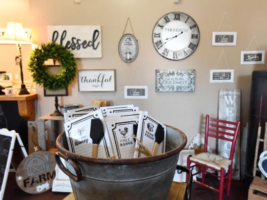 home decor gifts.  Sweet Tea Station offers unique home decor gifts
